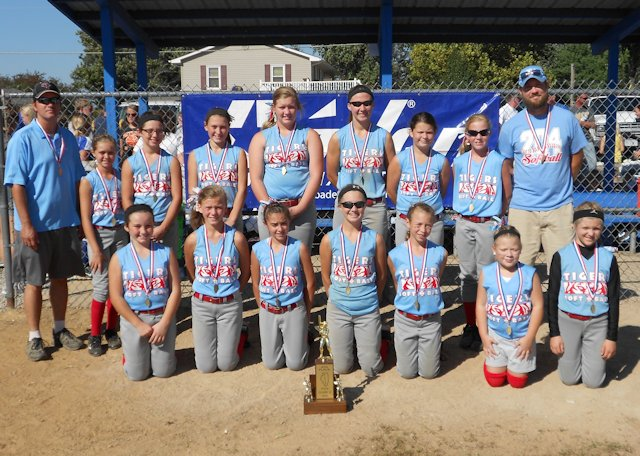 2013-Class-S-Softball-4th-Place-Pinckneyville-204
